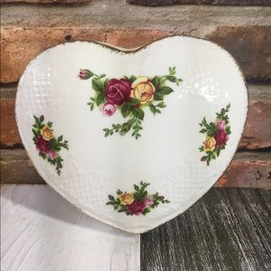 Royal Albert Old Country Roses Heart Trinket Dish